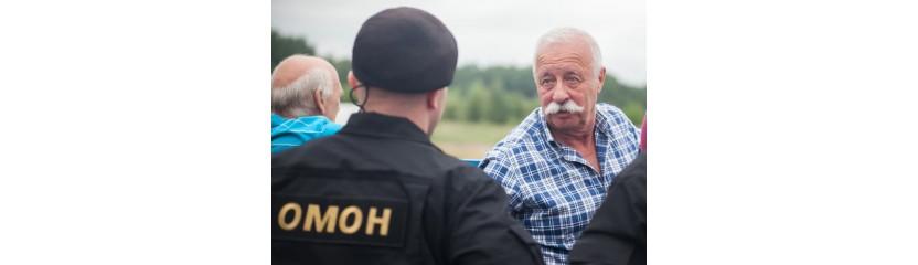 Леонид Якубович разогнал ОМОНовцев в Щучине